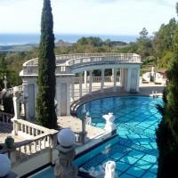 Шикарный бассейн. Фото