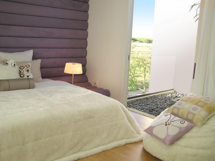 Дизайн спальной комнаты в загородном доме
