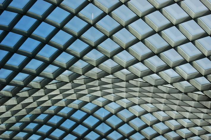 Стеклянная крыша — фото 36