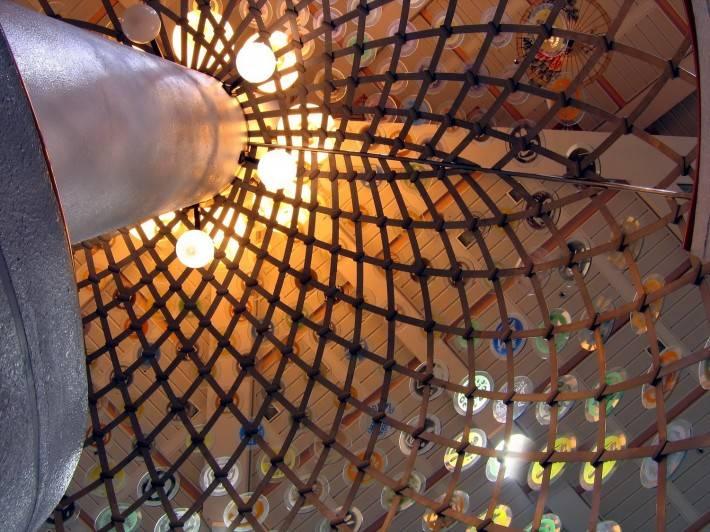 Комбинированный ячеистый потолок