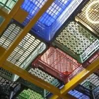 Потолок из декоративных панелей — фото 11