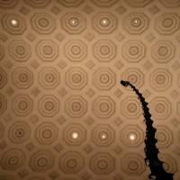 Потолок с восьмиугольными кессонами