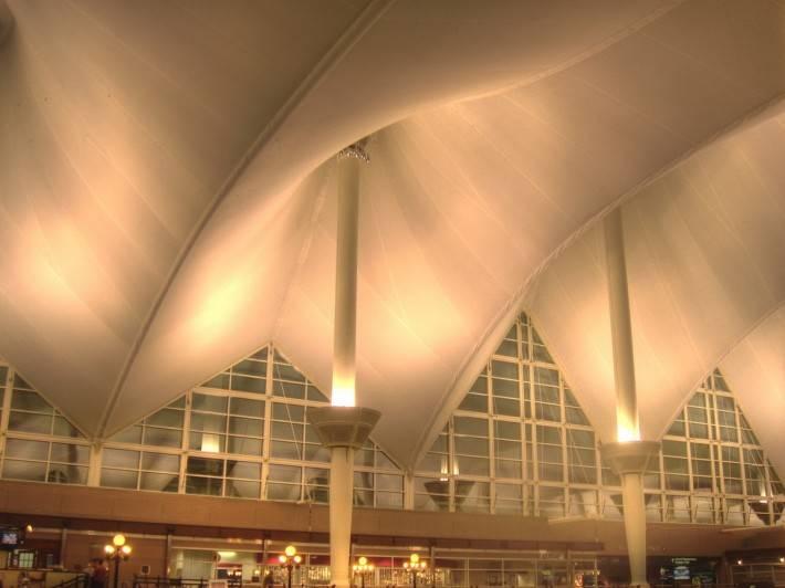 Металлический потолок — фото 58