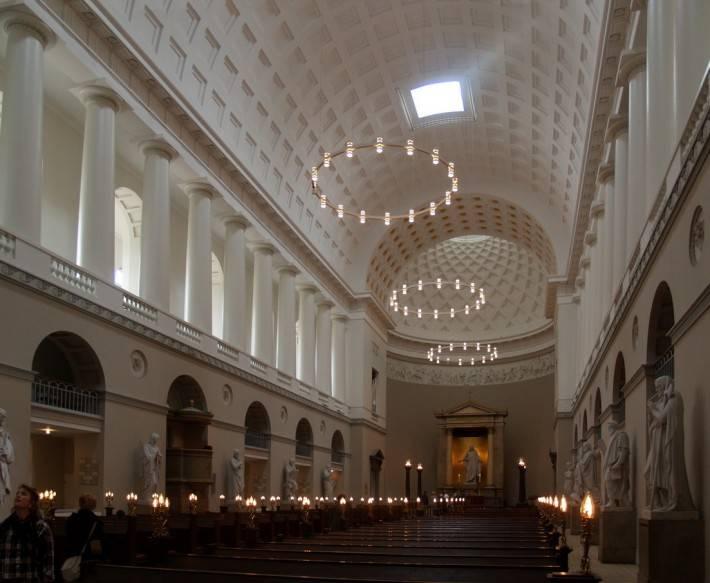 Интерьер церкви Богоматери в Копенгагене (фото 2)