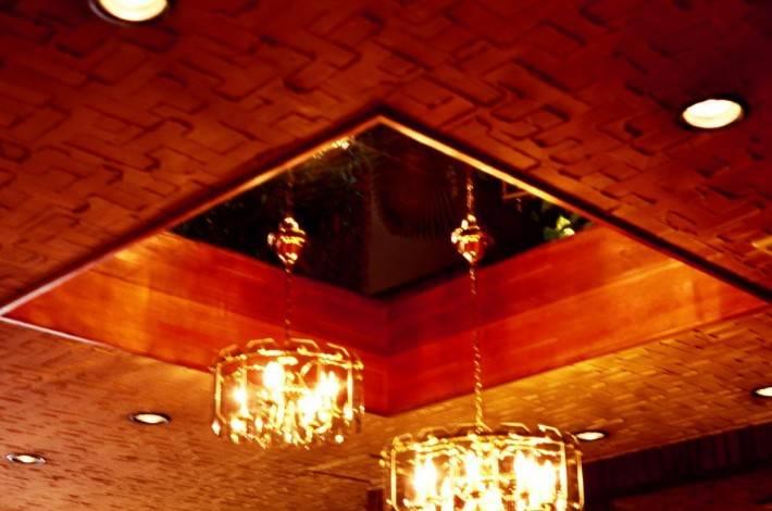 Деревянный потолок — фото 84