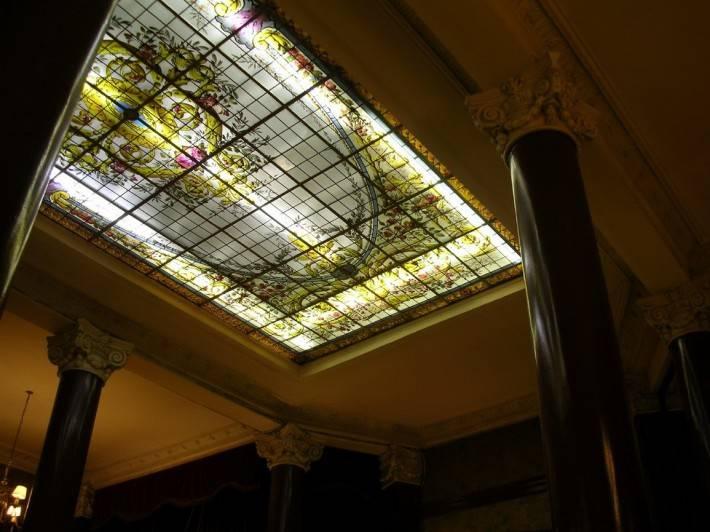 Витражный потолок — фото 24