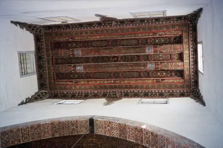 Потолок здания Байт-аль-Аккад (фото 3)