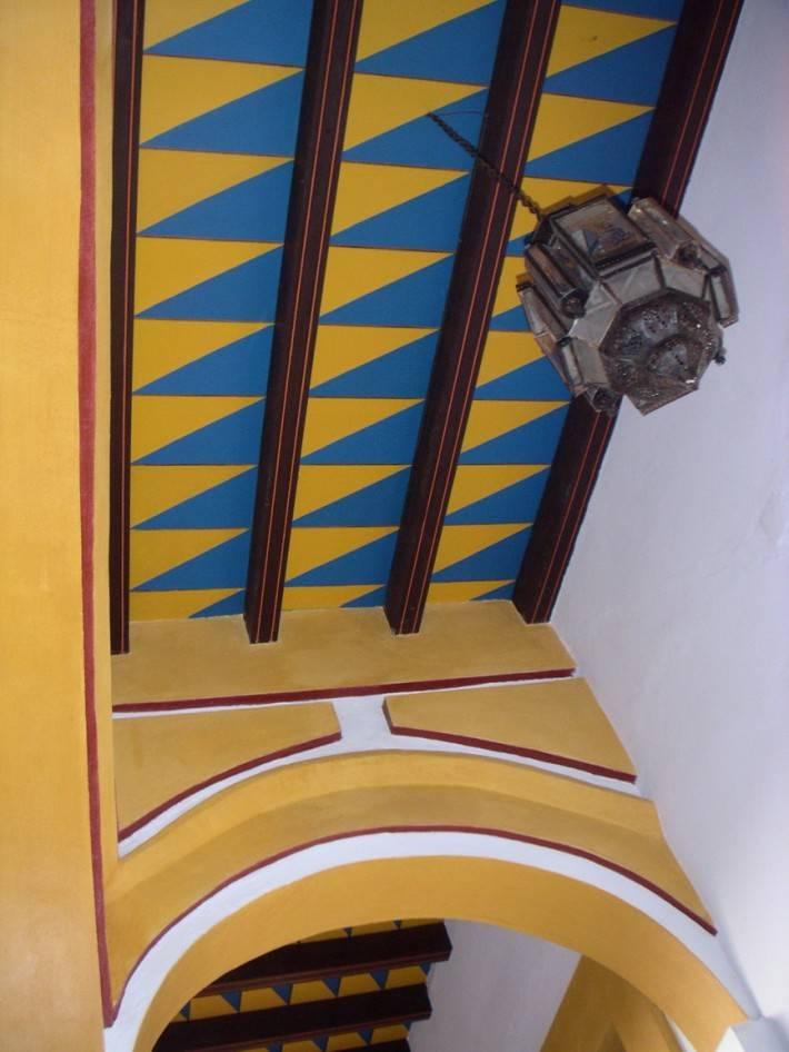 Роспись потолка в южно-американском стиле