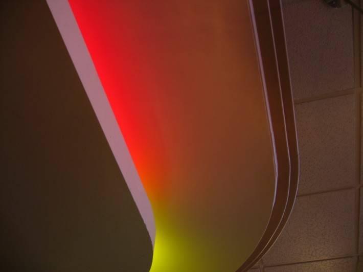 Двух-уровневый потолок из гипрока со светодиодной подсветкой