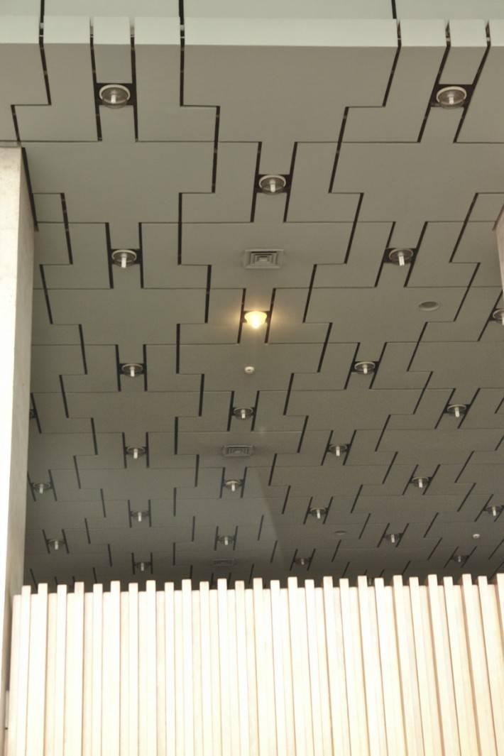 Подвесной потолок — фото 23