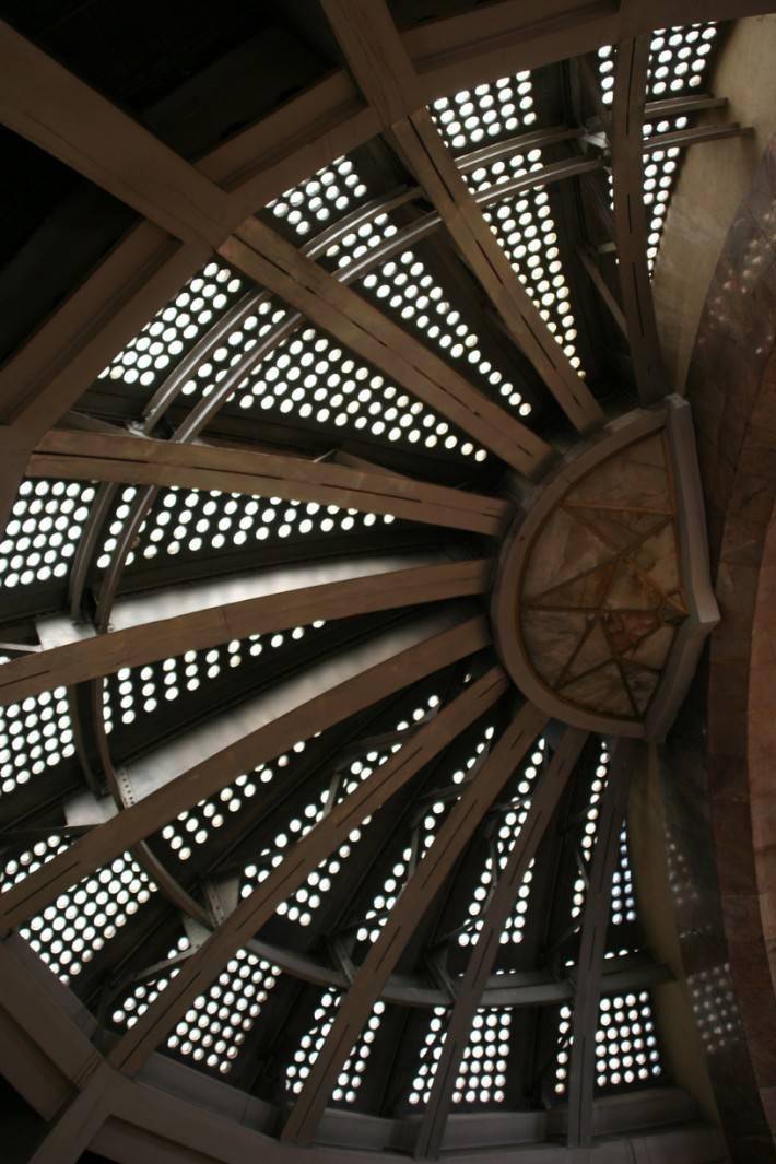 Металлический потолок — фото 15