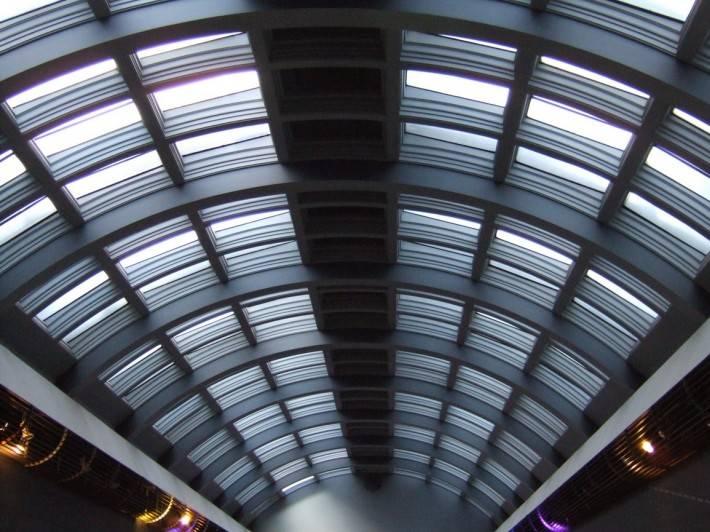Стеклянная крыша — фото 92