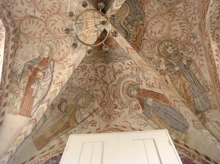 Роспись потолка в церкви города Остра в Швеции
