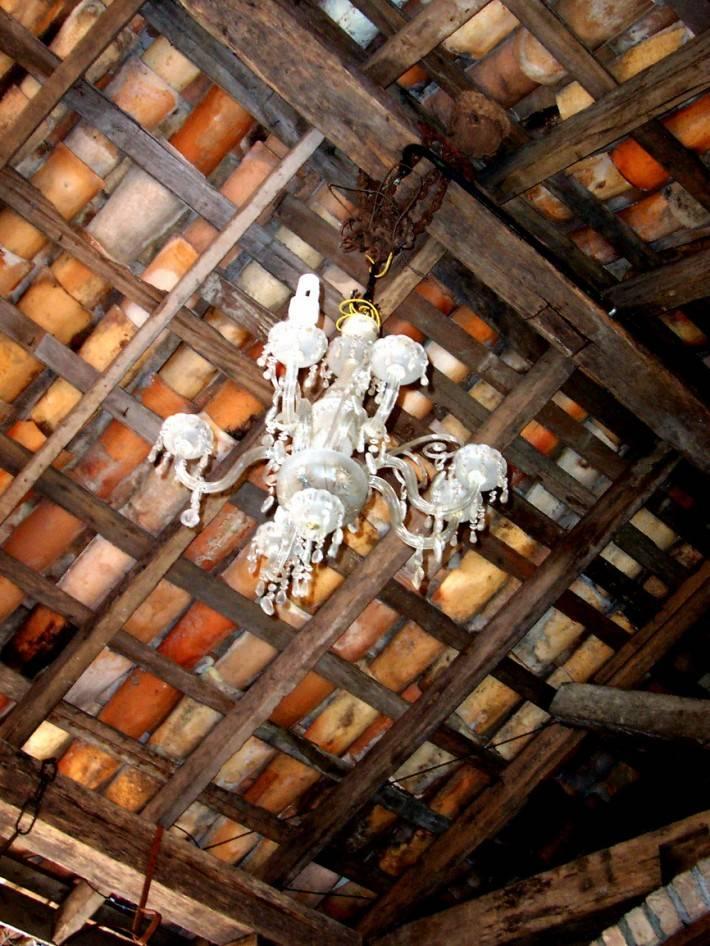 Деревянный потолок — фото 18
