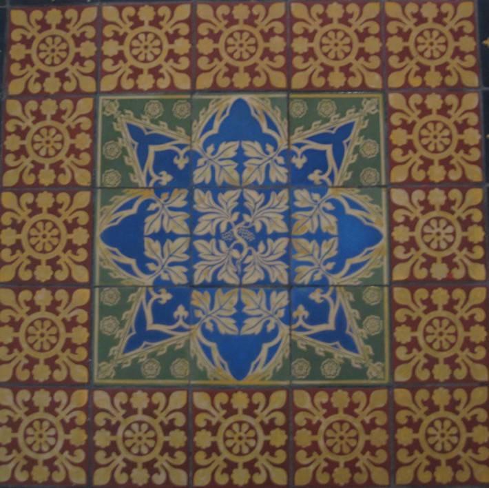 Пол из керамической плитки — фото 30