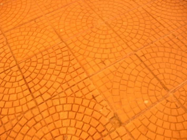 Пол из керамической плитки — фото 12