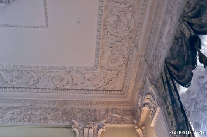 Декор интерьеров Павловского дворца — фото 18