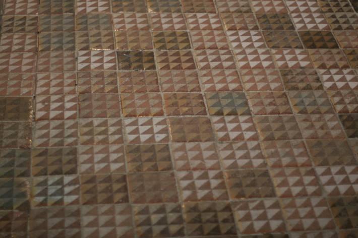 Пол из керамической плитки — фото 9