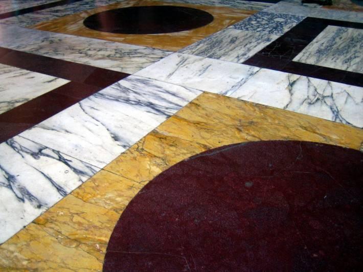 Пол из керамической плитки — фото 18