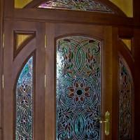 Витражная ниша у входной двери в квартиру — фото 3