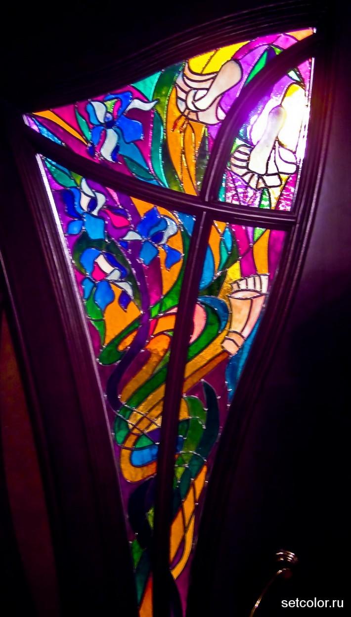 Декорирование витражом двери со стеклом — фото 12