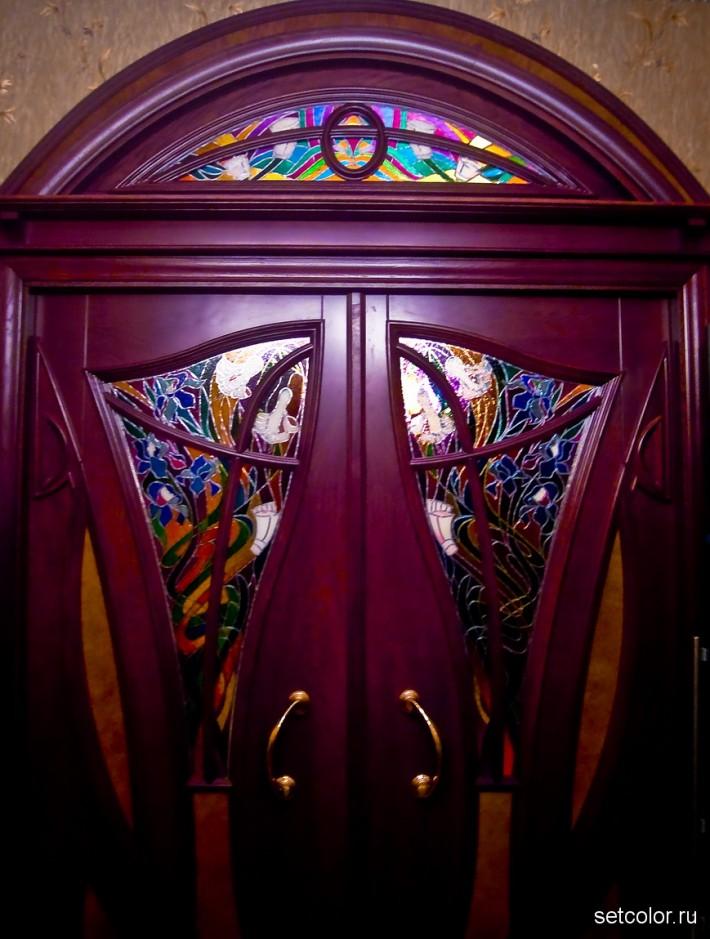 Декорирование витражом двери со стеклом — фото 10