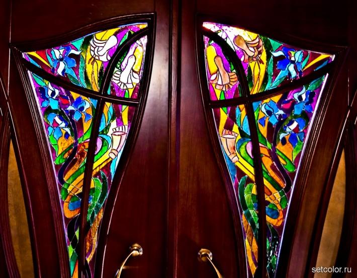 Декорирование витражом двери со стеклом — фото 11