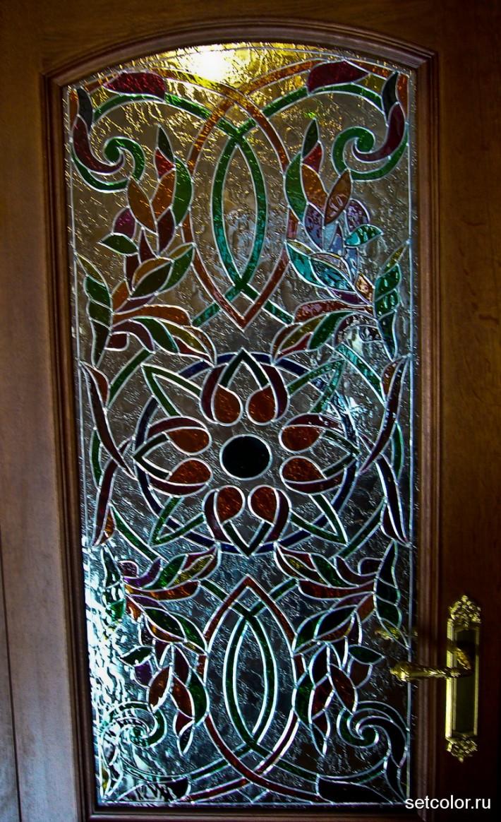 Витражная ниша у входной двери в квартиру — фото 7