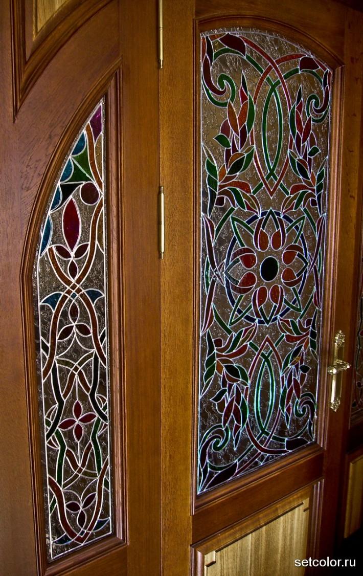 Витражная ниша у входной двери в квартиру — фото 5