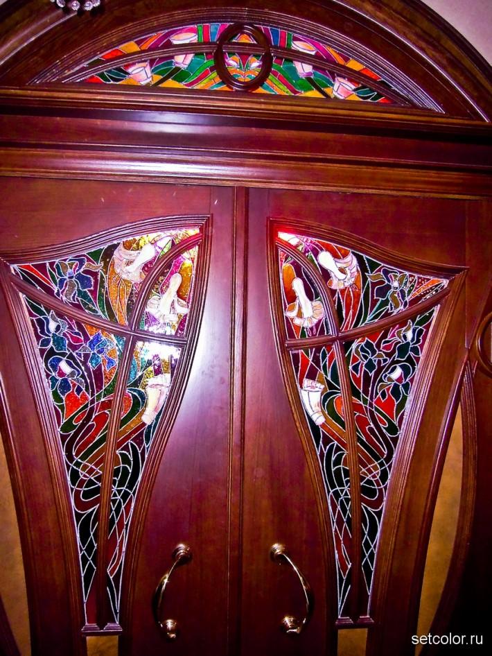 Декорирование витражом двери со стеклом — фото 3