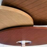 Потолок из деревянный панелей Celebration