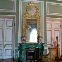 Фотография камина в классическом стиле