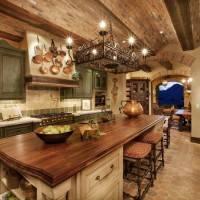 Кирпичный потолок на кухне