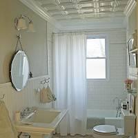 Клеевой потолок в ванной