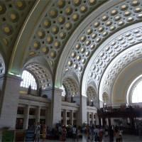 Потолок пассажирского терминал Юнион-стейш в Вашингтоне (общий вид)