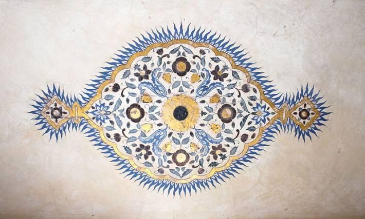 Роспись на потолке форта Амбер в Джайпуре (фото 2)