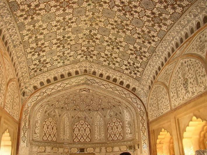 Чертог тысячи зеркал, форт Амбер в Джайпуре