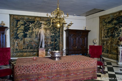 The Menshikov Palace decorations – photo 4