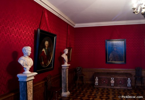 The Menshikov Palace decorations – photo 8
