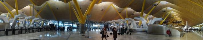 Потолок международного аэропорта Барахас в Мадриде — фото 6