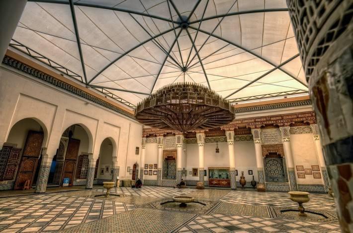Потолок Музея Марракеш в Марокко