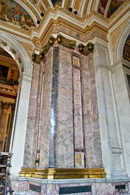 The Saint Isaac's Cathedral interiors – photo 33