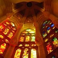 Витражи храма Святого Семейства в Барселоне — фото 6