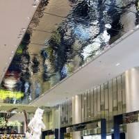 Потолок в Карусель дю Лувр — фото 1