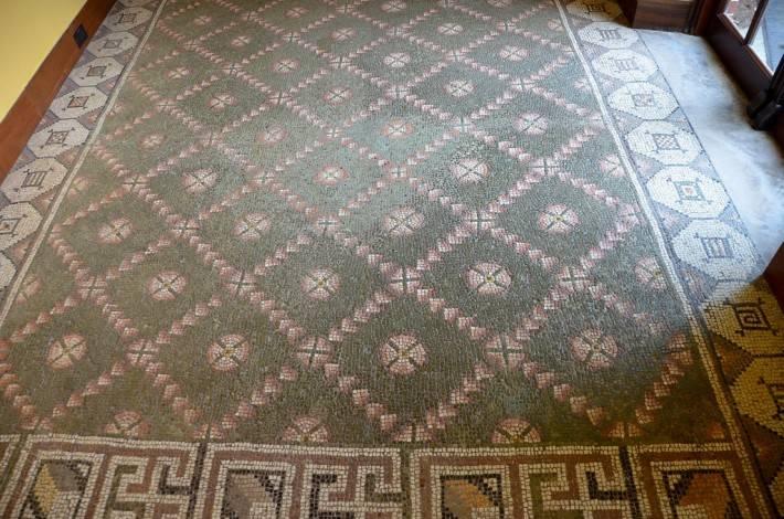 Мозаичный пол в библиотеке Думбартон-Окса