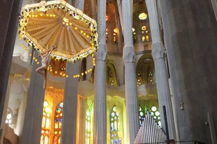 Потолок храма Святого Семейства в Барселоне — фото 12