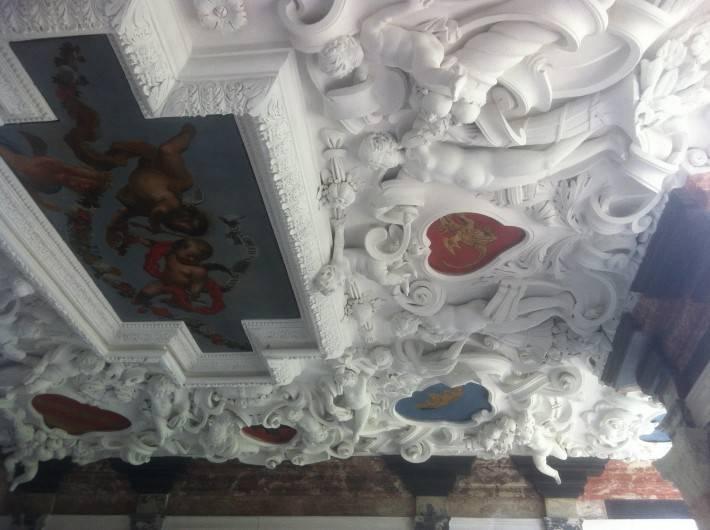 Декор в замке Розенборг — фото 9