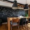 Роспись на стене кухонной зоны