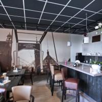 Подвесной потолок в кафе Nieuwerbrug
