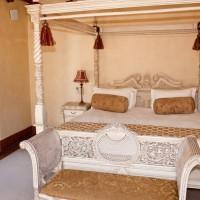 Спальная отеля Franschhoek Country House